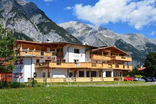 Die Bergwelt genießen - Appartementhaus mit 6 Einheiten im Leutaschtal!