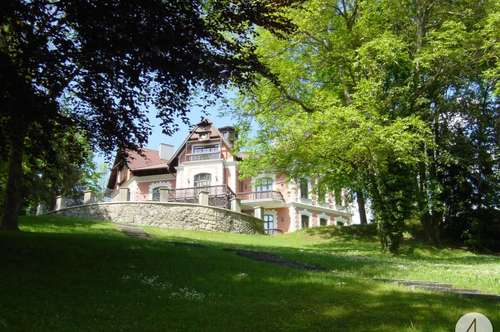 Wunderschöne Villa inklusive Seezugang und Badeplatz