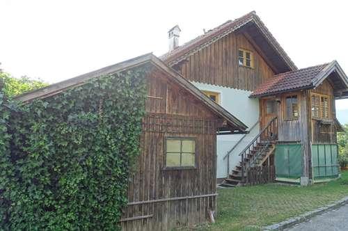 Großzügiges Haus in sehr ruhiger idyllischer Lage mit Seeblick