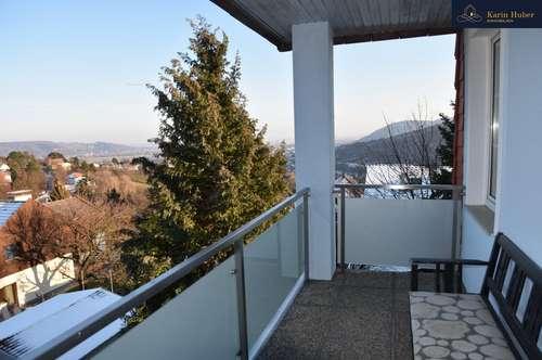Sonnendurchflutete Wohnung mit Balkon