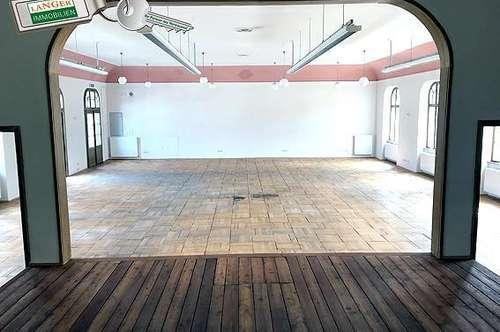 Bei diesem großeGeschäftslokal steht ein historischer Saal, Büro, Teeküche bzw. Gemeinschaftsraum zur Verfügung!!!