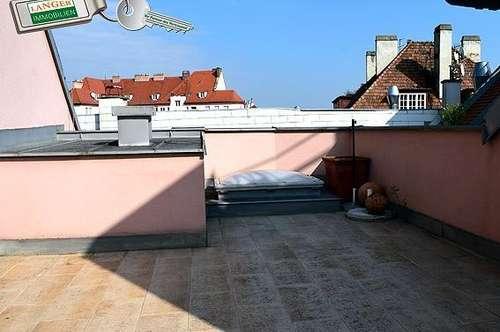 Nähe Fußgängerzone wird diese Maisonettenwohnung mit großer Terrasse vermietet!!!