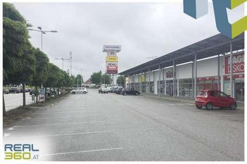 Geschäftsfläche im Fachmarktzentrum Tumeltsham mit ca. 394,74m² zu vermieten!