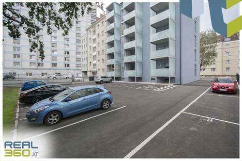 Parkplätze in geschützter Innenhoflage und perfekter Verkehrsanbindung zu vermieten!!!