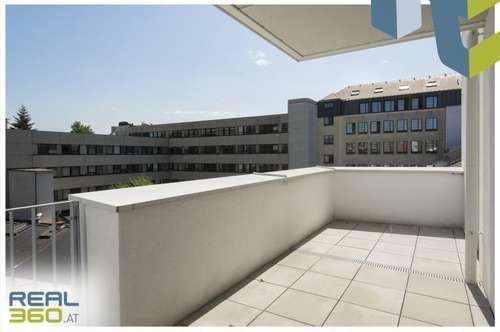 Garconniere in zentraler Lage - riesieger Balkon hofseitig!