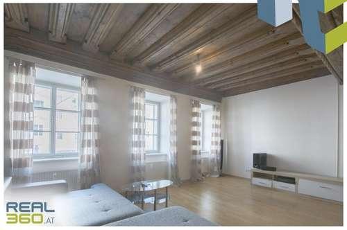 ERSTES MONAT MIETFREI - Wohnung mit riesiger Wohnküche zu vermieten - Welser Stadtplatz!