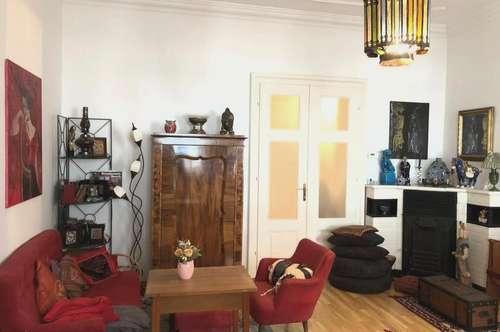 MANNLICHER | Anlageobjekt: Schöne, großzügige Altbau-Wohnung mit Terrasse im Zentrum