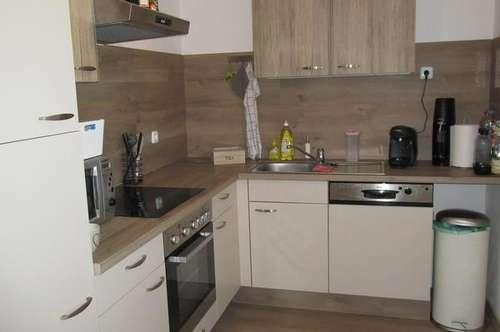 Rabensburg: Renov. Einfamilienhaus mit Garage u. Carport