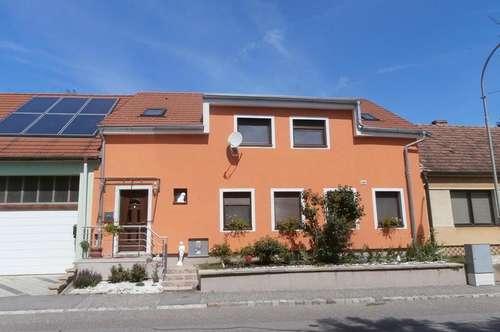 Hauskirchen: Großzügiges, neues Einfamilienhaus zu mieten!