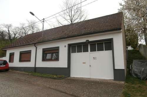 Hausbrunn: Renoviertes Einfamilienhaus!