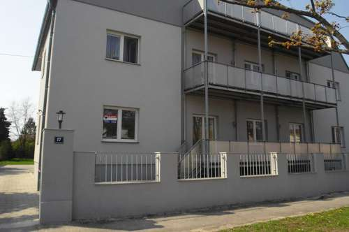 Hohenau: Mietwohnung 66,85 m² mit Terrasse, Top 9