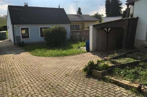 Mistelbach: Großer Grund mit Wochenendhaus