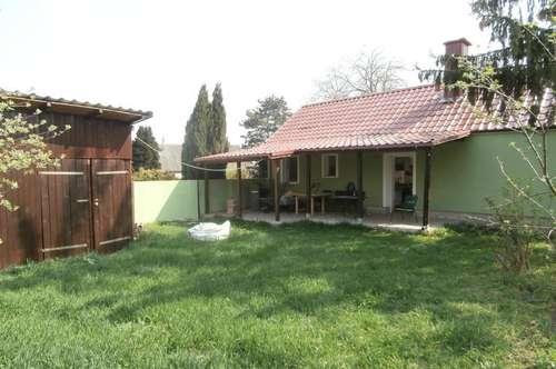 Waltersdorf/Marchfeld: Kleines, renoviertes Landhaus