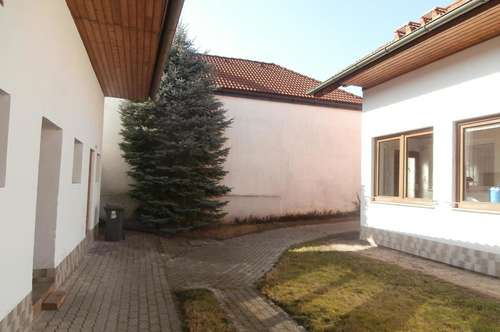 Wildendürnbach: Landhaus mit Erweiterungspotential