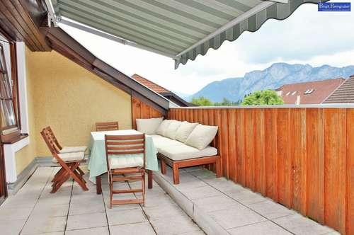 Neuwertige Dachgeschoß Wohnung!