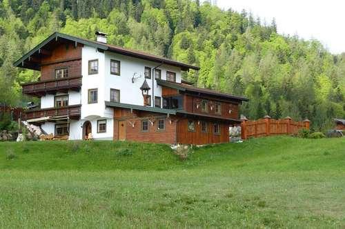 Exklusives Landhaus in traumhafter Bergkulisse