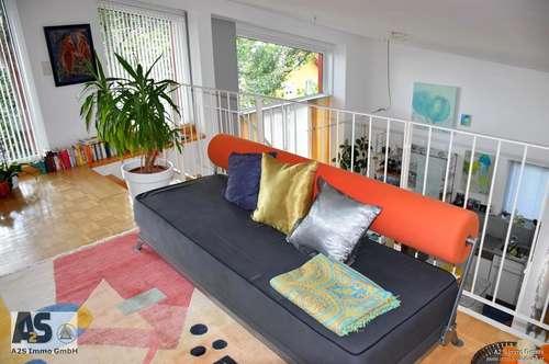 Bürmoos (Nähe Oberndorf): extravagante 105 m² Maisonette-Wohnung m. 4 Zimmern in Parklandschaft