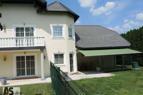 Luxus-Villa auf Doppelparzelle mit herrlichem, sonnigen Grund, Doppelgarage nahe dem Trumer Seenland