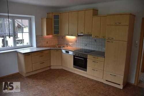 2 bis 3-Zimmerwohnung mit Flair - mit gut ausgestatt. Küche - in Ruhelage im ländl. Zweifamilienhaus