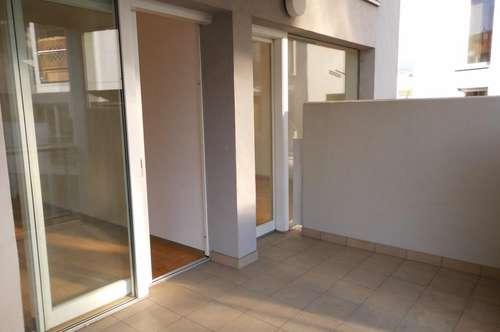 Moderne 2-Zimmer-plus-Küche-Wohnung