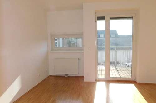 Lendplatz: moderne und ruhige Single/Pärchen-Wohnung mit Balkon