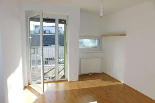 Lendplatz: Single/Pärchen-Wohnung mit großem Sonnen-Balkon