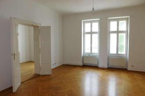 Zentrale 3-Zimmer-Altbauwohnung