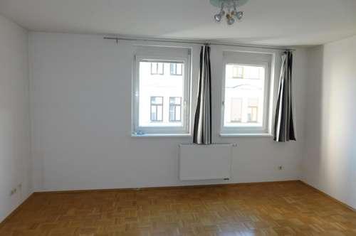 Nähe Jakominiplatz: 2 Zimmer (WG-tauglich)