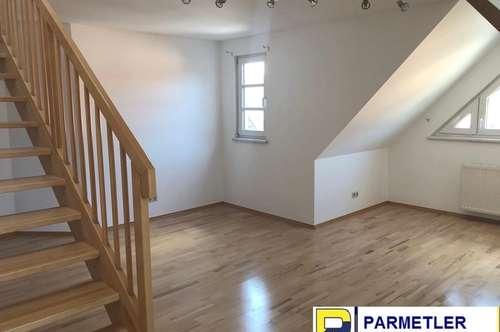 Großzügige Wohnung mit Flair auf 2 Ebenen