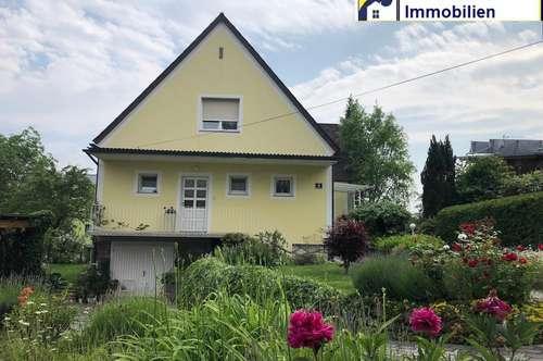 Großzügiges Haus / Wohnen und Arbeiten in Einem