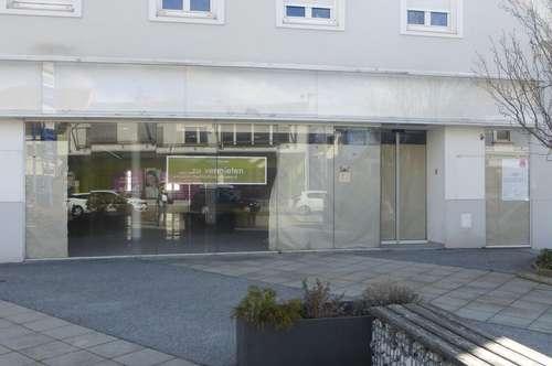 Weiz, absolute Zentrumslage! Barrierefreies Geschäftslokal mit Auslagenfront in der Birkfelder Straße!
