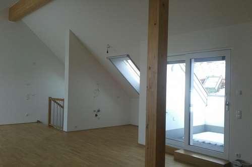 Historisch Wohnen: Neuwertige, 3-Zimmer-Wohnung mit Dachterrasse und möblierter Küche in Schärding