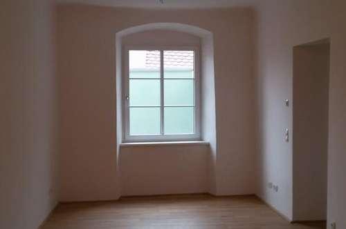 Individuelle, ruhig gelegene 2- Zimmer -Wohnung in top renoviertem Altbau im Stadtzentrum von Schärding