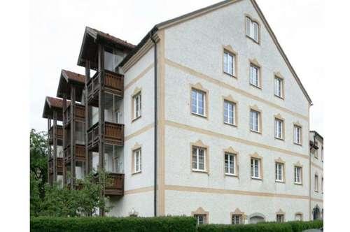 Freundliche 2-Zimmer-Wohnung mit Balkon in guter Wohnlage in Obernberg