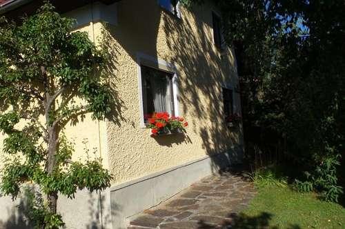 Haus in Steyrermühl mit schönen alten Baumbestand
