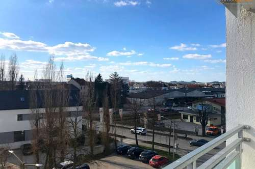 Sonnige, gepflegte 3-Zimmer-Wohnung mit 2 Loggien im Welser Stadtzentrum zu verkaufen!