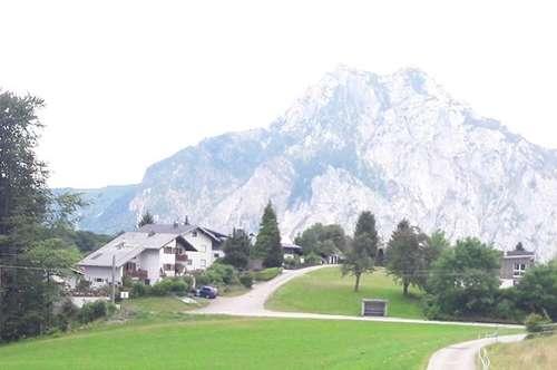 Idyllischer Baugrund mit Panoramablick