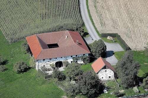 RARITÄT: Bauernhof in idyllischer Alleinlage