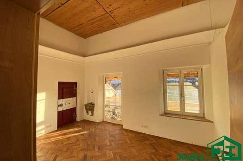 Wohnen im Schloss: Atelier 3-Zimmer Mietwohnung, Top 1