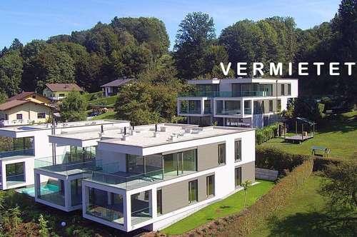 Wörthersee: ***VERMIETET*** Erstbezug-Penthouse zur MIETE ab Sommer 2019 mit gigantischem See- und Bergblick, Außenpool und eigener Seezugang inklusive