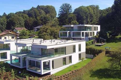"""Velden - Wörthersee: AUEN VILLEN - TOP 6: """"3 Zimmer-Wohntraum mit Seeblick und großer Terrasse, Anteil am eigenen Seegrundstück, 2 TG und Pool"""""""