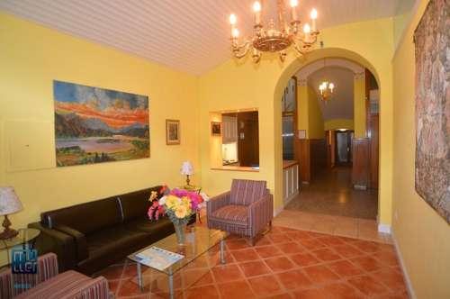 VILLA SEEROSE Frühstückspension mit Charme ** B&B ** 14 Zimmer mit Villa ca. 400 m² im Ortszentrum von Pörtschach am Wörthersee