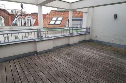 Impsoante 160qm Dachgeschosswohnung mit Terrasse Nähe Stephansplatz
