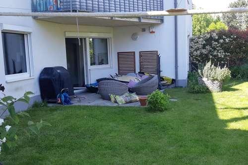 Modernes Wohnen in Baden mit Eigengarten