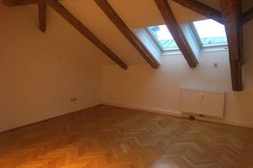Schöne 2-Zimmer-Dachgeschosswohnung in Haller Altstadt