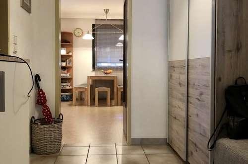 VÖLS!!!! geräumige 3 Zimmerwohnung mit Balkon in sonniger ruhiger Lage!