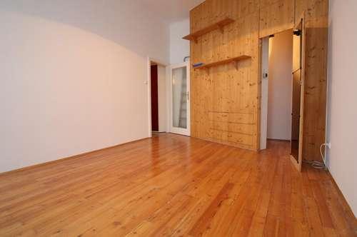 Schöne 2-Zimmer-Altbauwohnung in der Daungasse