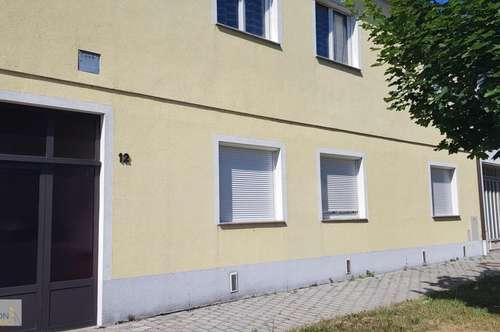 Großes Haus zum kleinen Preis mit Halle - renovierungsbedürftig