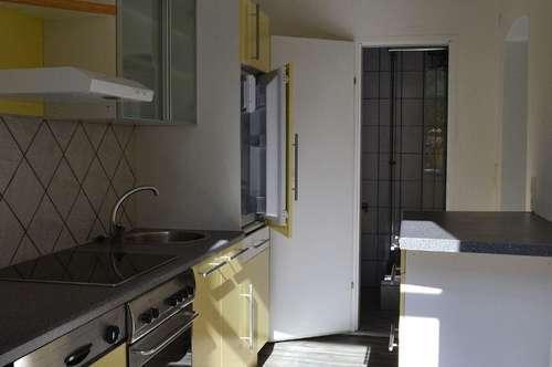 Renovierte Kleinwohnung in der Platzgasse/Hallenbad