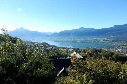 """Mondsee-Landhaus mit See- und Bergblick """"Wohntraum in exponierter Lage"""""""